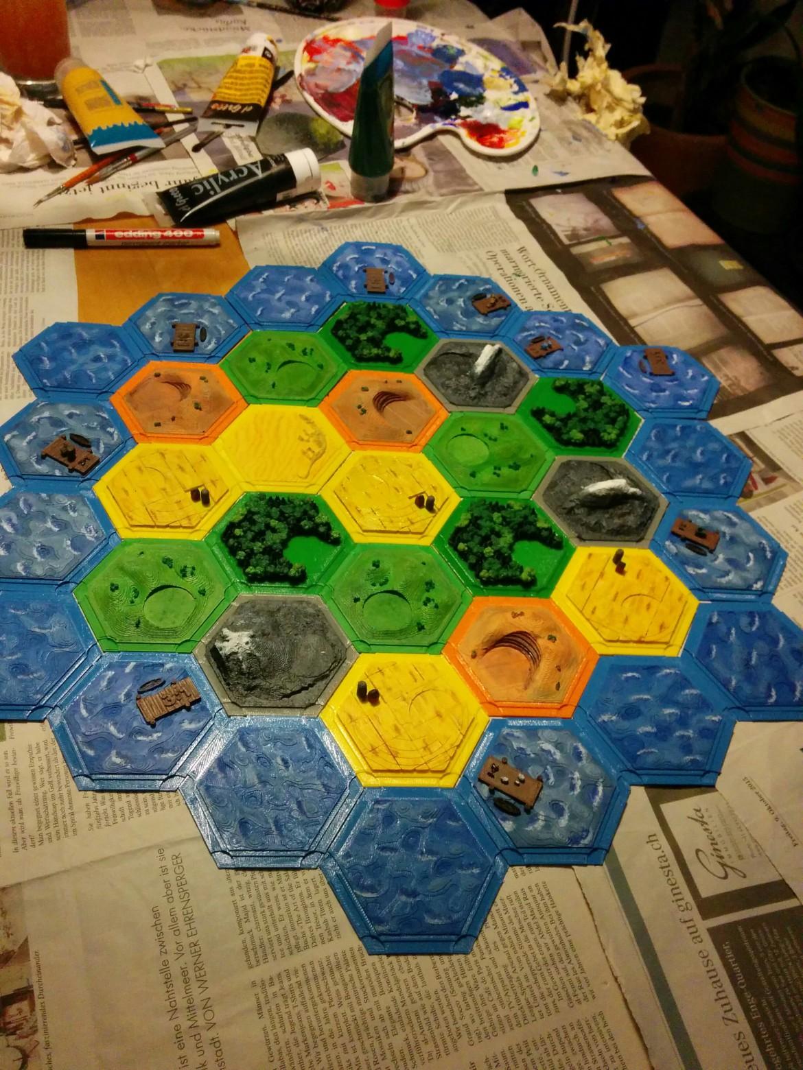 3D-gedruckte Spielfeld-Plättchen für das Spiel